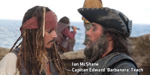 Ian McShane nella parte del pirata Barbanera