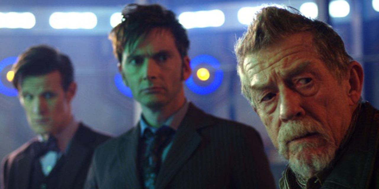 Da sinistra: l'undicesimo Dottore, il decimo Dottore e il Dottore della Guerra